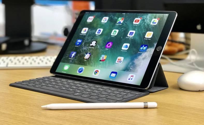ipad apple lupta dura tablete