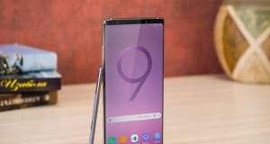 Samsung Galaxy Note 9 ARATA Ecranul