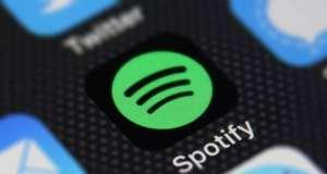 iOS 12 permite Controlarea Spotify Siri