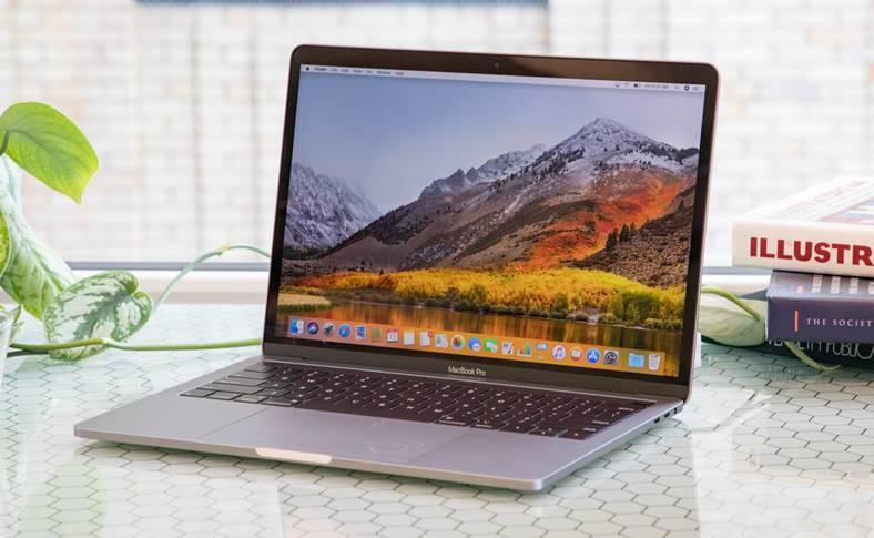 Apple REZOLVA Problema MacBook Pro 2018