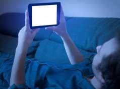 Ecranele Smartphone Accelereaza Procesul Orbire