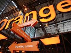 Orange. 18 august. Reduceri Weekend Telefoane Online