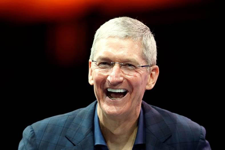 Tim Cook Castigat Presedinte Apple