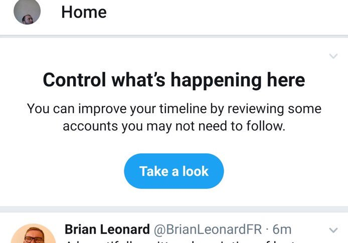 Twitter recomanda oameni NU Urmaresti 1