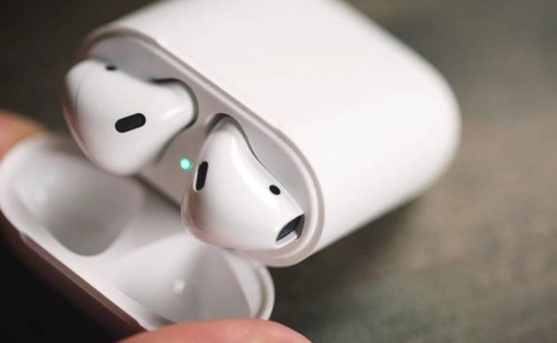 eMAG Reduceri BUNE AirPods Stock Busters