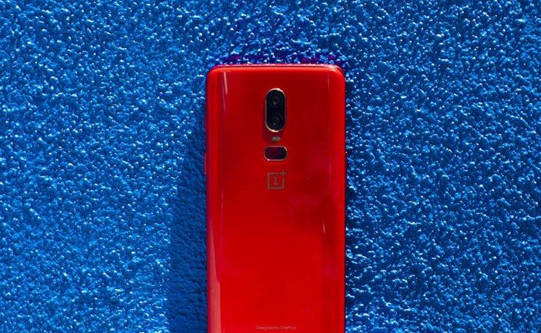 OnePlus 6T CONFIRMAT Noul Design
