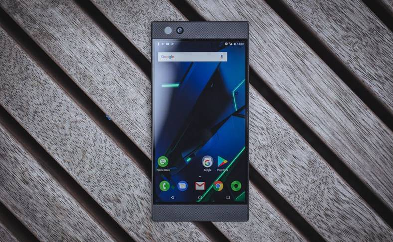 Razer Phone 2 Data LANSARE