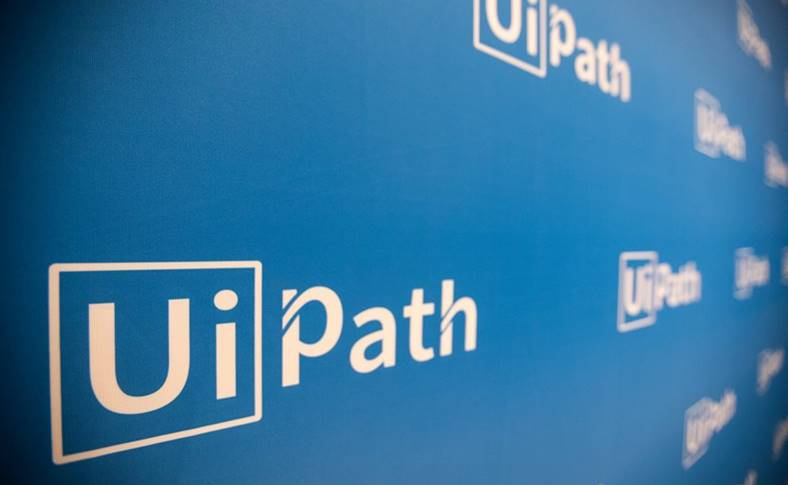 UiPath Compania Romaneasca Evaluare RECORD