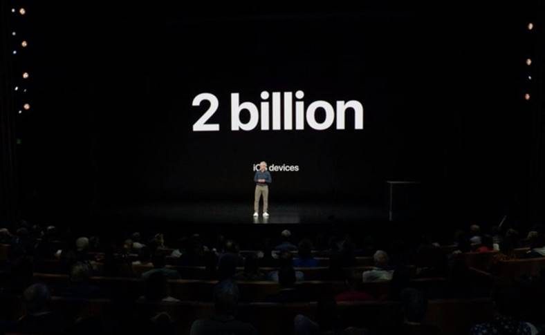 apple 2 miliarde idevice