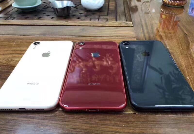 iPhone 8S IMAGINI NOILE Culori 2