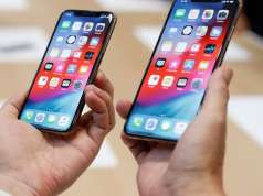 iPhone XR PUTIN RAM iPhone XS Baterie MARE