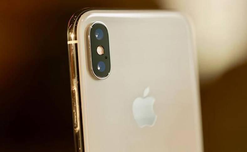 iPhone XS POZE Camera
