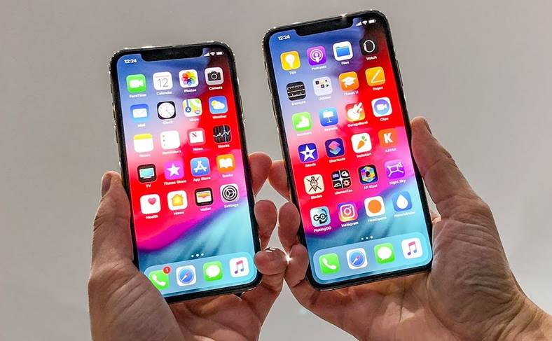 iPhone XS XS Max Apple Watch 4 stoc