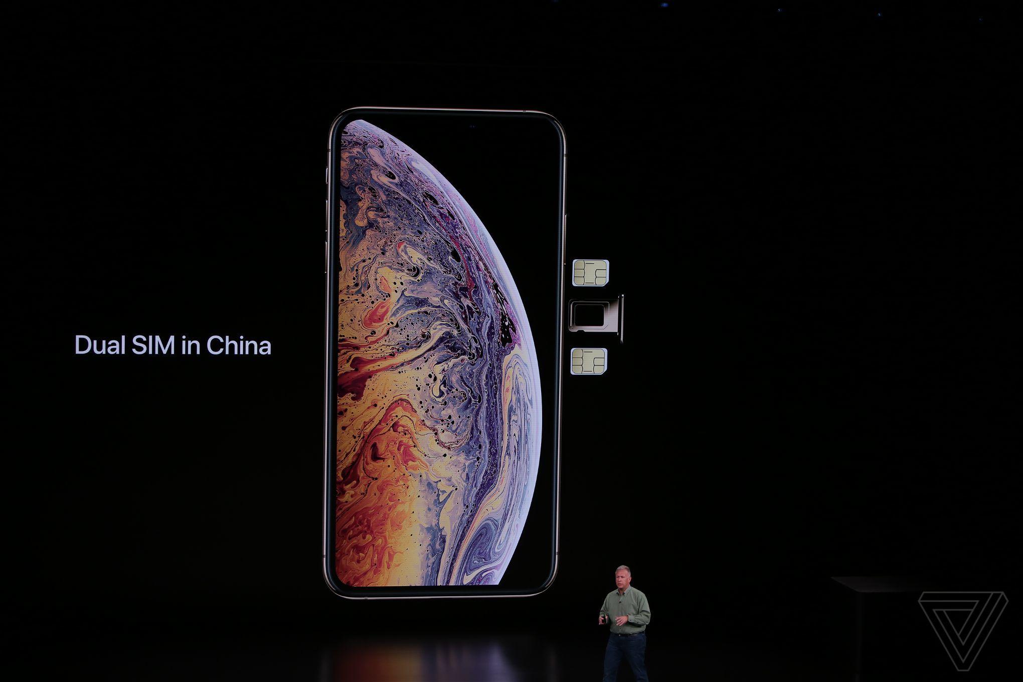 iPhone XS siiPhone XS Max dual-sim