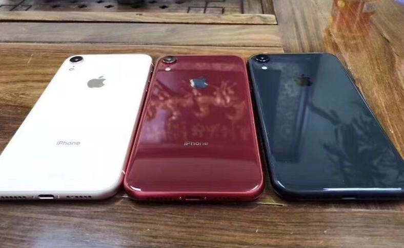 iphone xc dual-sim