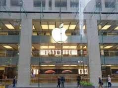 iPhone XR lansare
