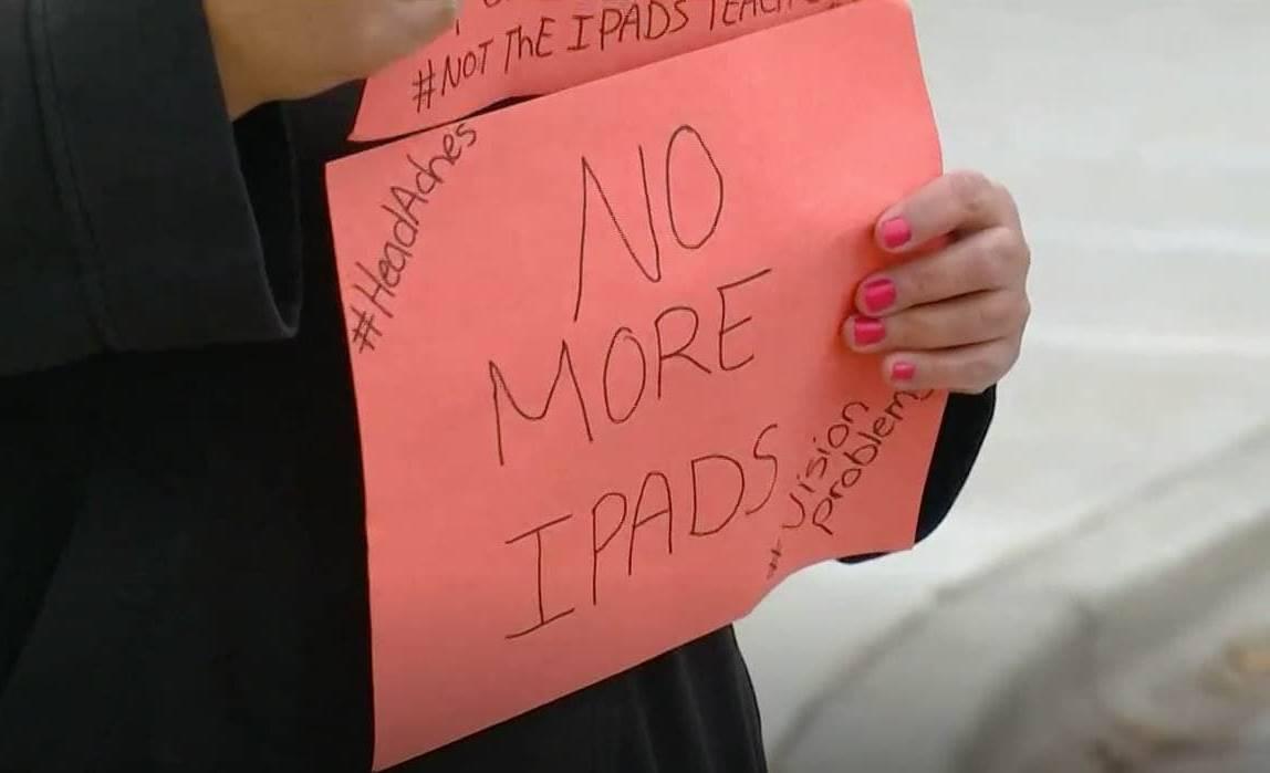 presedinte apple proteste sua