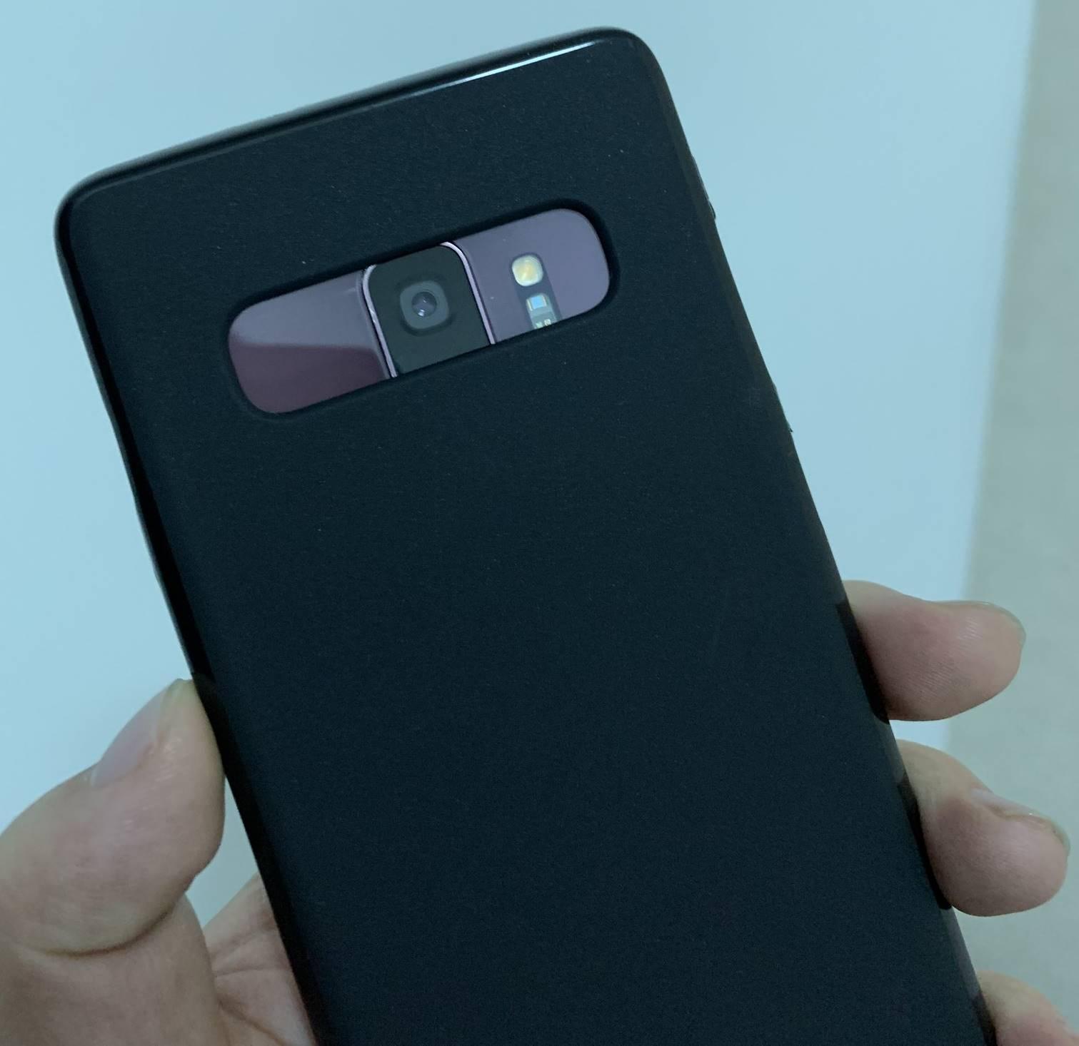 Samsung GALAXY S10 dimensiuni s9