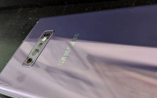 Samsung GALAXY S10 real real imagini telefon