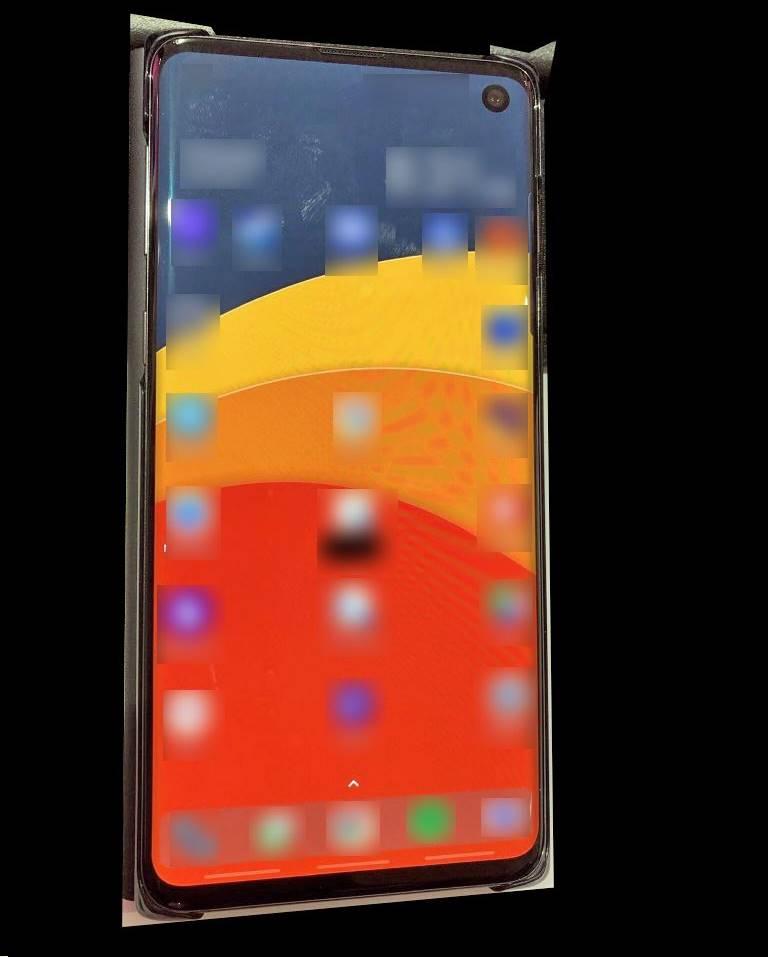 Samsung GALAXY S10 unitate reala