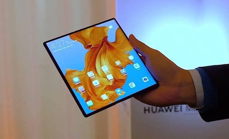 Huawei MATE X primele imagini cat costa cand se lansare