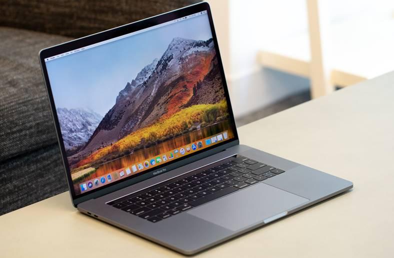 MacBook Pro difuzor Adobe Premiere CC