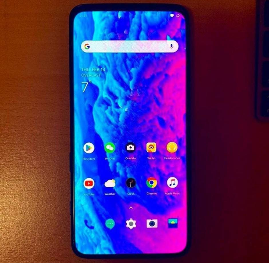 OnePlus 7 imagine unitate reala