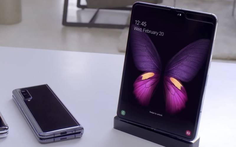 Samsung GALAXY FOLD, are ACEEASI PROBLEMA ca Huawei MATE X