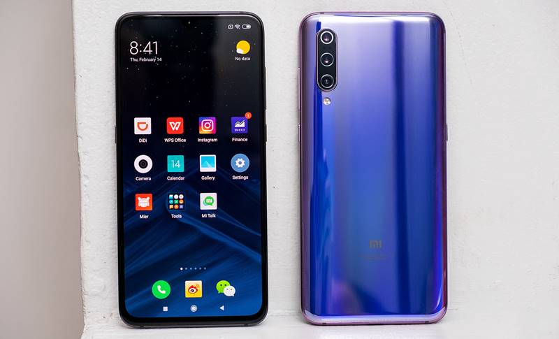 Xiaomi Mi 9 DISTRUGE Huawei, Samsung, iPhone