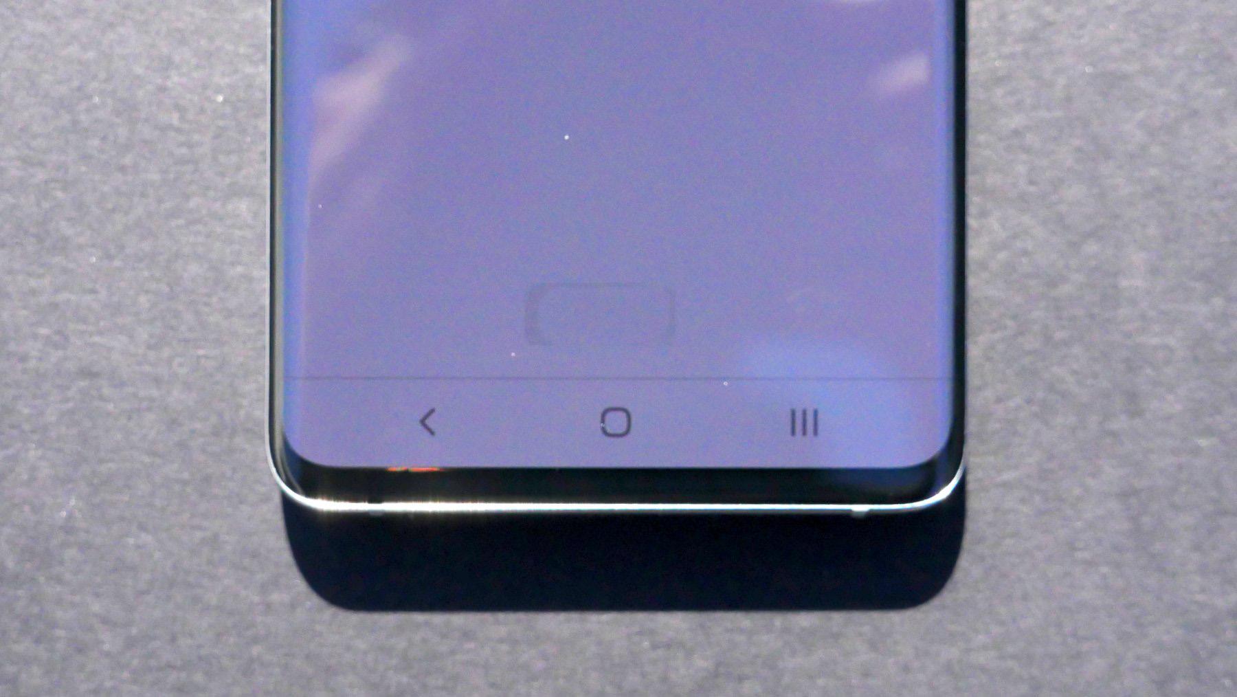 Samsung GALAXY S10 cititor ecran 1