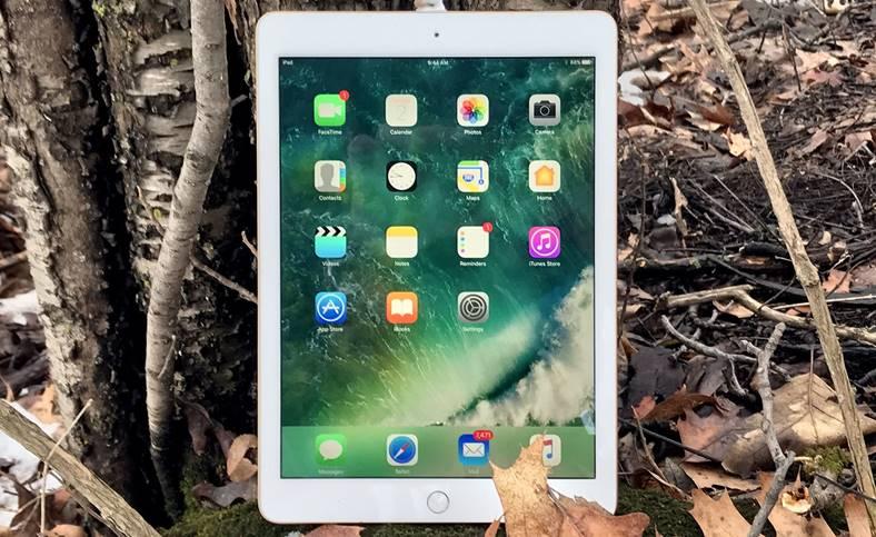 iPad 7 ecran mare