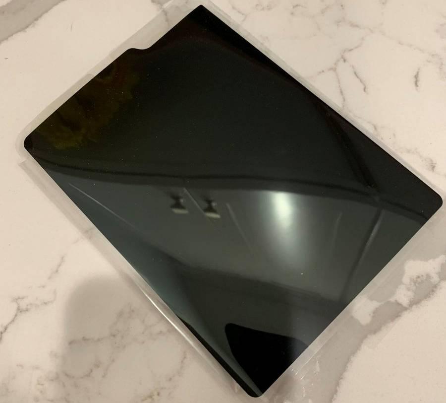 Samsung GALAXY FOLD greseala 2