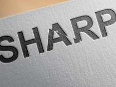 sharp ecran flexibil