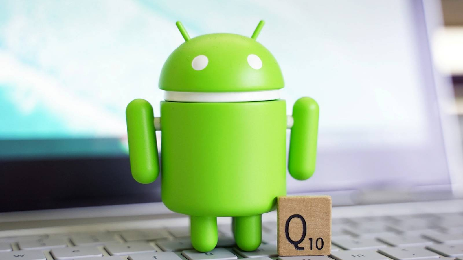 Android Q accident