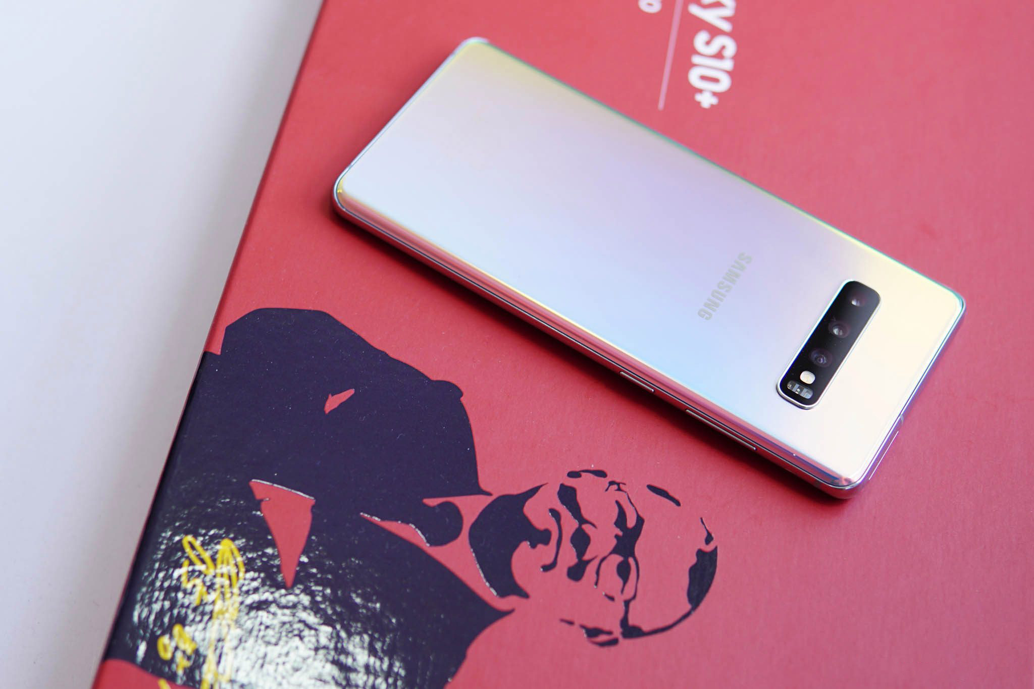 Samsung Galaxy S10 culoare prism silver imagini telefon