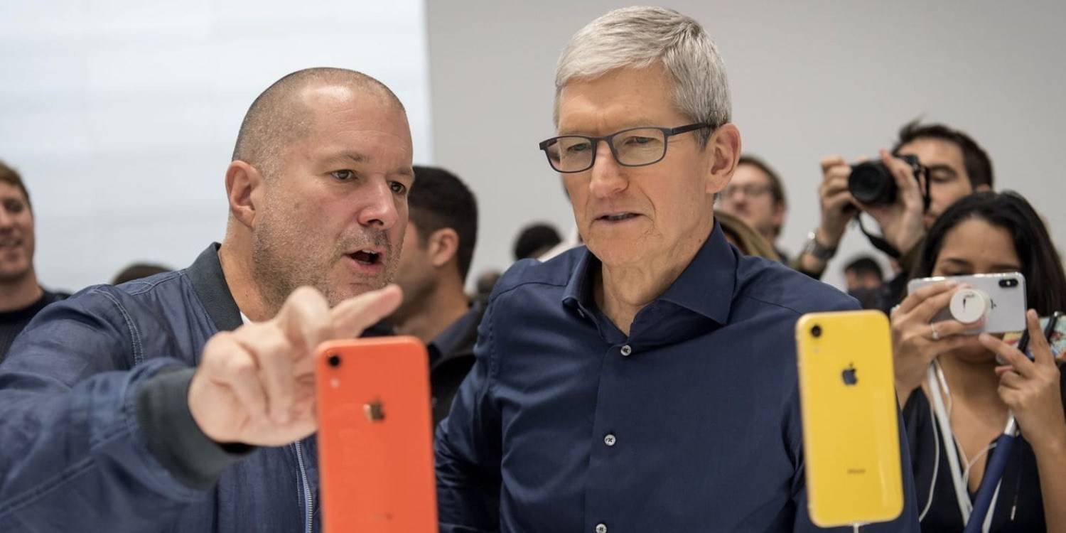 apple designer jony ive pleaca