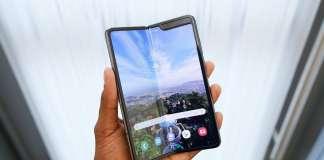 Samsung GALAXY FOLD revizuit imagine