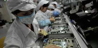 iphone furt componente productie