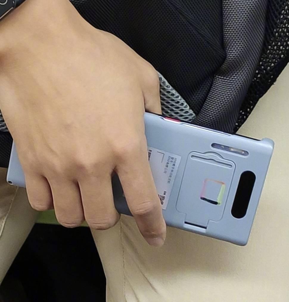 Huawei MATE 30 PRO. SECRETUL MAJOR Dezvaluit pentru Telefon foto
