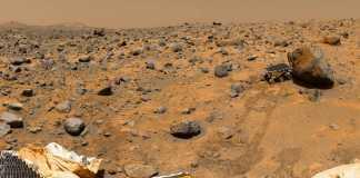 Planeta Marte. Imagine ULUITOARE la 360 de Grade cu Suprafata
