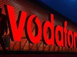 Pe 11 Septembrie la Vodafone Romania Gasesti Aceste Telefoane Ieftine