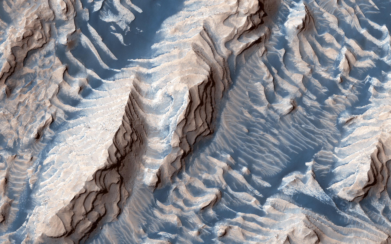 Planeta Marte. Imagine INCREDIBILA a NASA ce-a UIMIT Internetul crater danielson