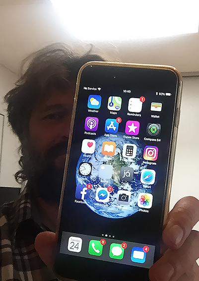 iphone 6s cazut avion recuperat