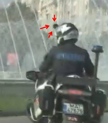 Politia Romana vaneaza trafic telefon motocicleta