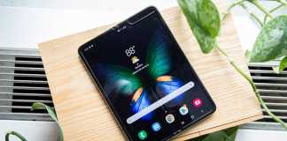 Samsung GALAXY Fold PLIAT distrus
