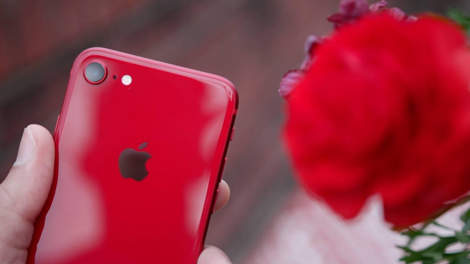 costa iPhone SE 2 specificatii