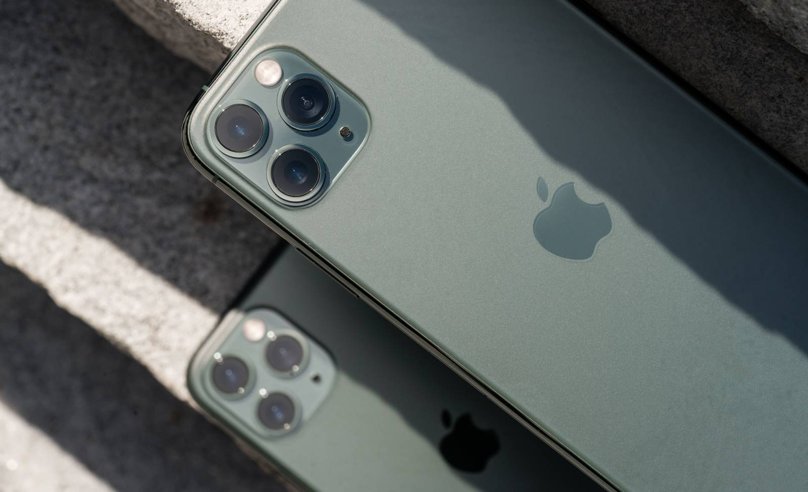 iPhone 11 Pro UMILESTE Telefoanele Android