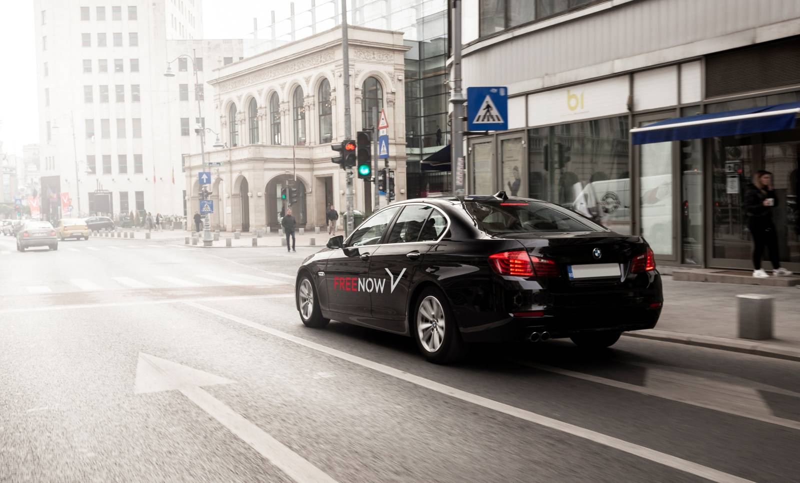 Clever Taxi tranforma free now bmw daimler
