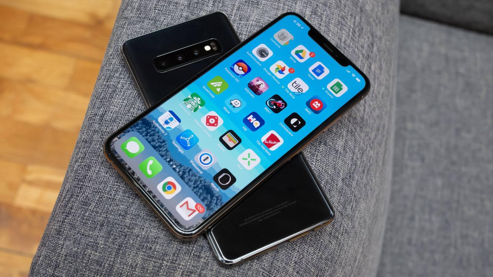 Telefoanele Samsung si iPhone au la eMAG REDUCERI de 3800 de LEI