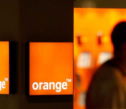 Orange Reducerile de Mos Nicolae la Telefoane de care sa PROFITI Acum!